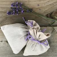 Lavendel in een linnen zakje