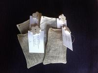 Anti-mottenmix in een linnen zakje