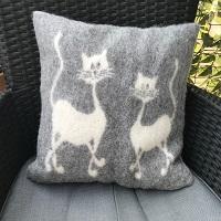 Wollen kussen met kattendessin, grijs/woltwit